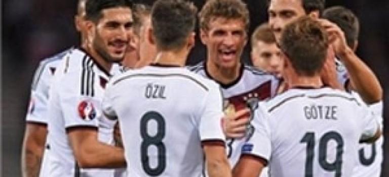 پیروزی آلمان بر اسکاتلند