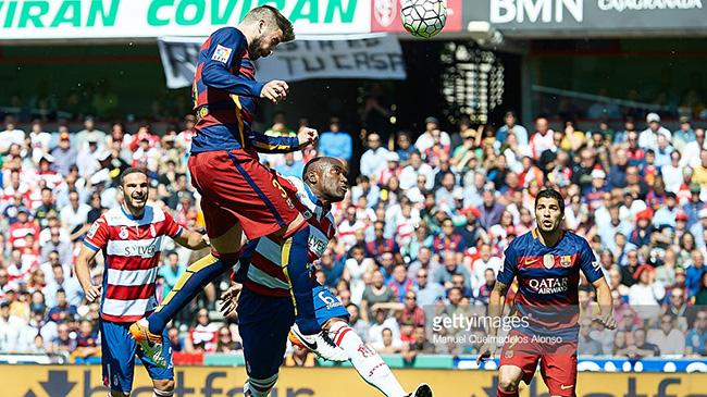 بهترین تیم دنیا بارسلونا است